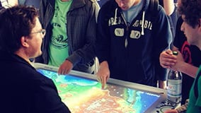 interactive-touch-screen-tables.jpg