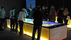 huge-large-scale-touchscreen-table-02-live-04.jpg