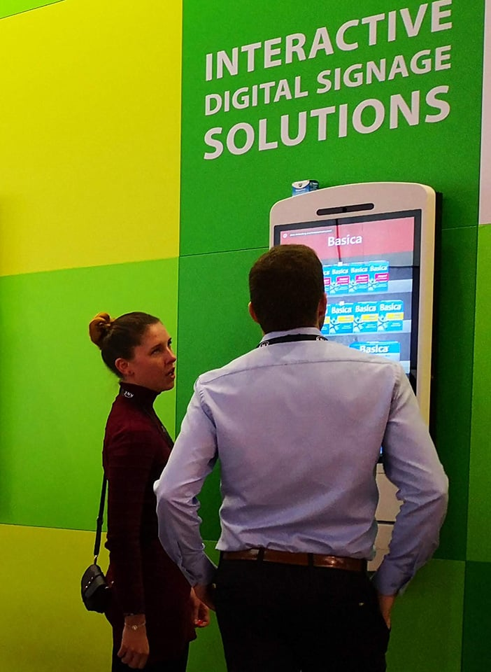 Warum Interaktive Self-Service POS Touchscreen Kiosk Displays?
