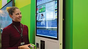 032-interactive-multitouch-kiosk-self-service.jpg