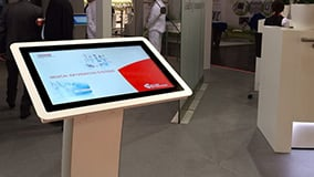 phoenix-multitouch-kiosk-terminal-photo-01.jpg