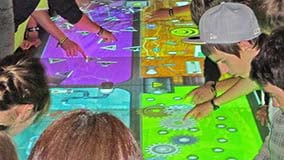 touchscreen-table-software-apps.jpg