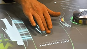 automechanica-2010-stereolize-mann-filter-multi-touch-screen-table-01.jpg