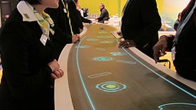 automechanica-2010-stereolize-mann-filter-multi-touch-screen-table-08.jpg