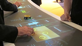 automechanica-2010-stereolize-mann-filter-multi-touch-screen-table-10.jpg