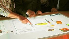 mercedes-benz-bank-iaa-2010-multitouch-eyefactive-09-app-produkt-konfigurator.jpg