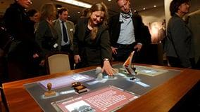 ddr-museum-berlin-interaktive-multitouch-applikation-software-app-eyefactive-03.jpg