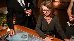 ddr-museum-berlin-interaktive-multitouch-applikation-software-app-eyefactive-05.jpg