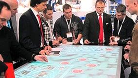 interactive-multi-touch-screen-table-ziemann-04.jpg
