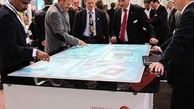 interactive-multi-touch-screen-table-ziemann-06.jpg