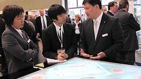 interactive-multi-touch-screen-table-ziemann-14.jpg