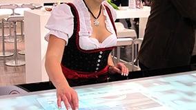 interactive-multi-touch-screen-table-ziemann-16.jpg