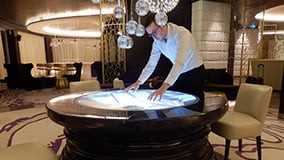round-touchscreen-table-hyatt-hotel-bar-istanbul-04.jpg