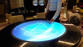 round-touchscreen-table-hyatt-hotel-bar-istanbul-06.jpg