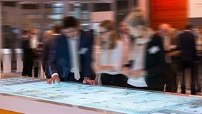 jungheinrich-messen-interactive-digital-signage-02.jpg