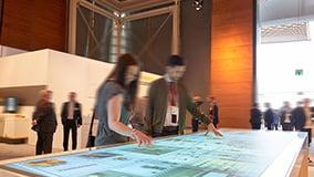 jungheinrich-messen-interactive-digital-signage-03.jpg