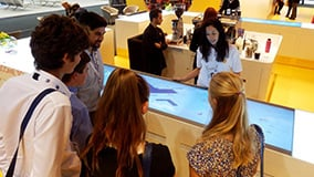 shell-multi-touch-screen-bar-messe-highlight-10.jpg