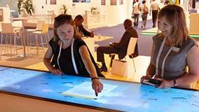 shell-multi-touch-screen-bar-messe-highlight-11.jpg