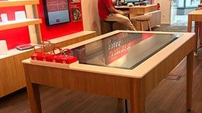 interactive-touchscreen-retail-pos-vodafone-touch-table-02.jpg