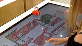 interactive-touchscreen-retail-pos-vodafone-touch-table-04.jpg