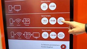 interactive-touchscreen-retail-pos-vodafone-vertical-04.jpg