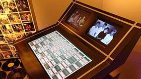 multi-touch-table-software-apps-museum-blekinge-01.jpg