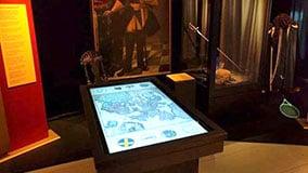 multi-touch-table-software-apps-museum-blekinge-05.jpg