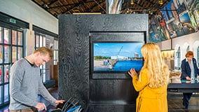 hafencity-hamburg-kesselhaus-interactive-signage-touchscreen-table-software-01-01.jpg