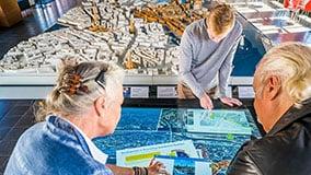 hafencity-hamburg-kesselhaus-interactive-signage-touchscreen-table-software-01-04.jpg