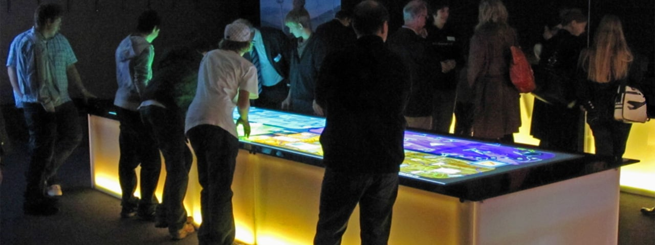 Large Format MultiTOUCH Table for SwissMem